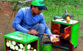 """Photo of Belajar dari Abang Tukang Rujak: """"Rizki Tidak Selalu Berbentuk Uang """""""
